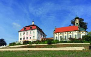 Hotel Schloss Leitheim