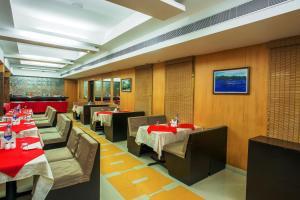 Pattom Royal Hotel, Отели  Тривандрум - big - 22