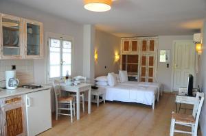 Ammos Naxos Exclusive Apartments & Studios, Aparthotels  Naxos Chora - big - 50