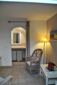 Bastide de l'Avelan, Отели типа «постель и завтрак»  Гримо - big - 20