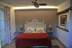 Bastide de l'Avelan, Отели типа «постель и завтрак»  Гримо - big - 14