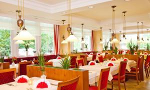 Hotel Bayerischer Hof, Hotels  Bad Füssing - big - 11