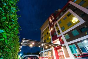 Trendy Hotel - Ban Hua Pong Lek