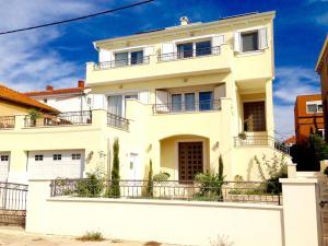 Villa Maresol, Апартаменты  Задар - big - 1