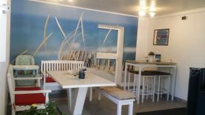 Familien- und Aparthotel Strandhof, Hotels  Tossens - big - 21
