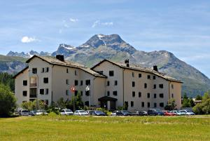 Residenza Lagrev - Apartment - Sils