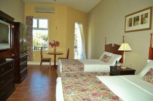 Guest House Villa Mishkan - Discovery Bay