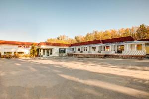 Kirovskie Dachi Motel - Vozrozhdeniye