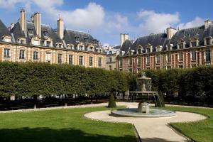 Le Pavillon de la Reine (11 of 84)