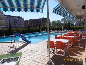 Sunny House Apart Hotel, Residence  Sunny Beach - big - 79