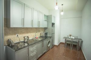 Apartment Le Soleil, Apartments  Tbilisi City - big - 8