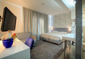 Hotel San Antonio, Hotels  Podstrana - big - 36
