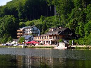 Hotel Roter Kater - Fuldatal