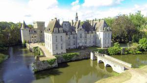 Location gîte, chambres d'hotes Château de Saint Loup dans le département Deux Sèvres 79