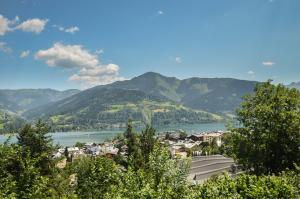 Appartement THE GOOD VIEW by All in One Apartments, Apartmány  Zell am See - big - 2