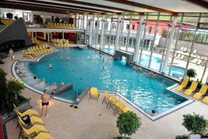Hotel Elfenmühle, Penzióny  Bad Bertrich - big - 71