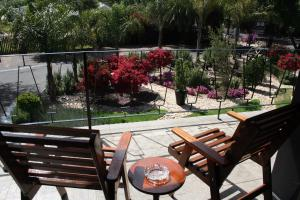 Miles B&B Guest House, Bed & Breakfasts  Oudtshoorn - big - 56
