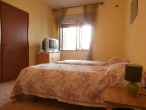 B&B Neverland, Bed and Breakfasts  Marrùbiu - big - 22