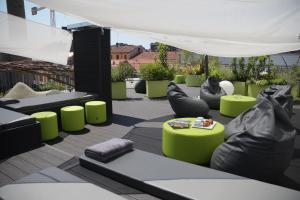 Miloft Guest Rooms and Terrace - AbcAlberghi.com