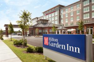 Hilton Garden Inn Boston Logan Airport - Hotel - Boston