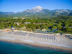 Курортный отель Pirate's Beach Club