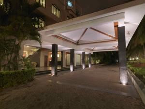 Royal Orchid Resort & Convention Centre, Rezorty  Bangalore - big - 13