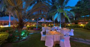 Royal Orchid Resort & Convention Centre, Rezorty  Bangalore - big - 9