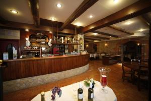 Sporting Hotel San Felice, Отели  Illasi - big - 34