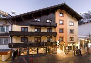 Hotel Kristall, Hotely  Sankt Anton am Arlberg - big - 1