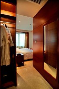 Ramada Plaza by Wyndham Shanghai Caohejing Hotel, Hotel  Shanghai - big - 27