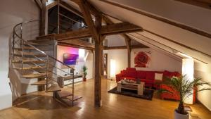Amazing Charles Bridge Apartment - Praha