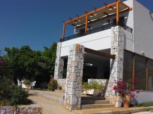 Iris Rooms and Apartments, Appartamenti  Kountoura Selino - big - 13