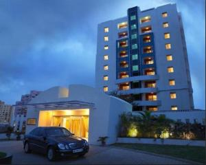 Royal Orchid Golden Suites, Hotely  Pune - big - 1