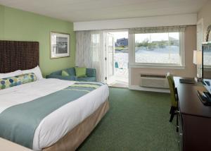 Sea Crest Beach Hotel (5 of 26)