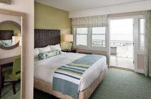 Sea Crest Beach Hotel (1 of 51)