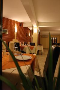 Hotel Central, Hotely  Temešvár - big - 90