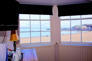 Rooms @The Nook Cocktail Bar, Penziony – hostince  Weymouth - big - 22