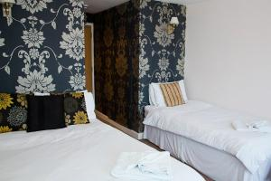 Rooms @The Nook Cocktail Bar, Fogadók  Weymouth - big - 20