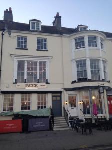 Rooms @The Nook Cocktail Bar, Fogadók  Weymouth - big - 27