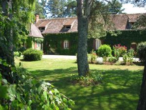 Location gîte, chambres d'hotes Le Canard Au Parapluie Rouge dans le département Indre 36