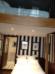 Apartment Le 1725, Ferienwohnungen  Saint-Malo - big - 35