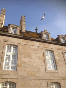 Apartment Le 1725, Ferienwohnungen  Saint-Malo - big - 18