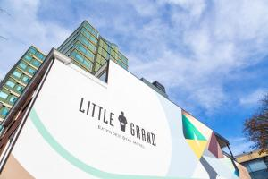 Little Grand, Апартаменты  Эйндховен - big - 48