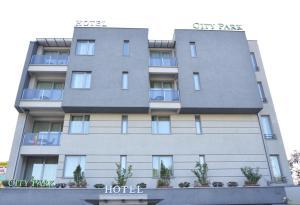 City Park Hotel, Hotely  Skopje - big - 25