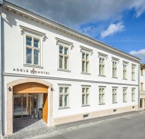 Adele Boutique Hotel, 7621 Pécs