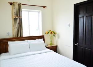 Oc Tien Sa Hotel, Отели  Дананг - big - 5