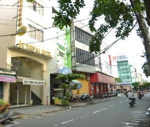 Oc Tien Sa Hotel, Отели  Дананг - big - 25