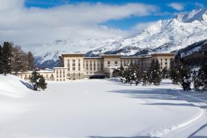 Maloja Palace Suites - Hotel - Maloja