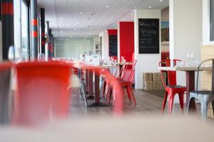 Brit Hotel Toulouse Colomiers – L'Esplanade, Hotely  Colomiers - big - 40