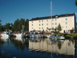 . Norrqvarn Hotell